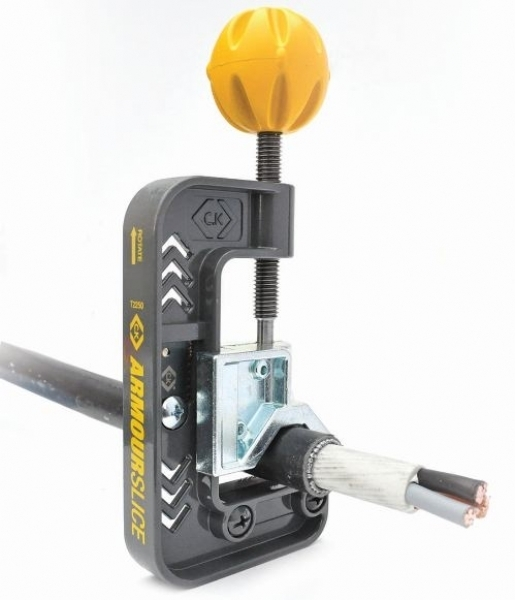 Ck Tools: C.K Armourslice SWA Cable Stripper T2250